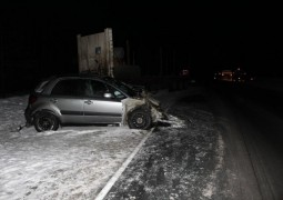 Легковушка и два грузовика столкнулись на автодороге в Звениговском районе
