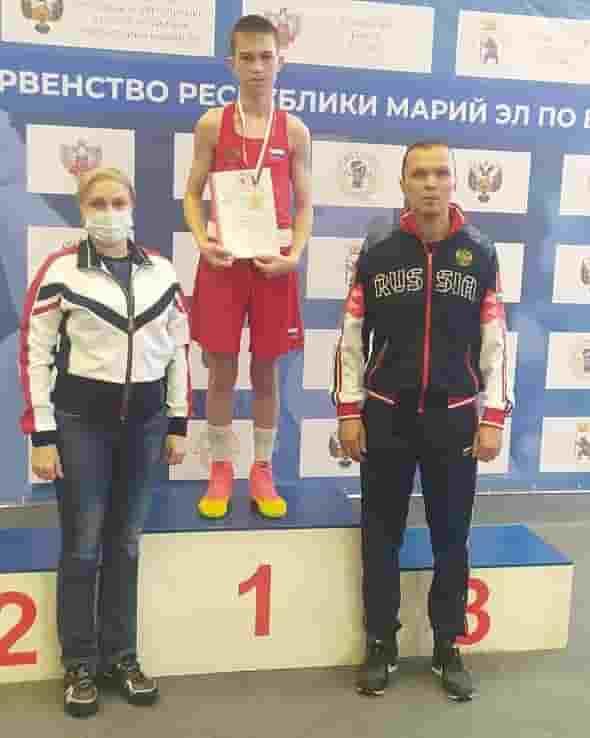 Чемпионат и первенство республики по боксу проходят в Йошкар-Оле.